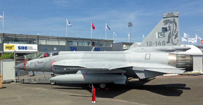 Гром» среди ясного неба: истребитель JF-17 переносит азербайджанские